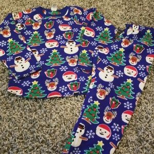 Children's Place Christmas Pajamas Size M